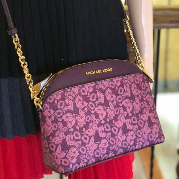 11d8ab31becb Michael Kors Bags | Emmy Medium Crossbody Bag Leather | Poshmark